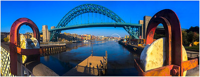 🎂HAPPY BIRTHDAY CARTOON,🎉 - TYNE BRIDGE 90 YEARS OLD!