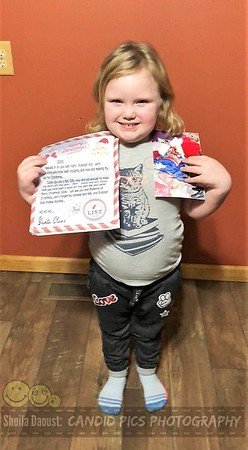 SANTA LETTERS AND PICTURE