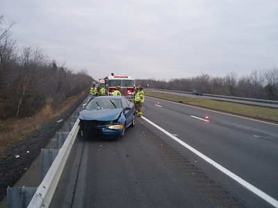 BUTLER TOWNSHIP - MM120 INTERSTATE 81 VEHICLE ACCIDENT 11-29-08 PICTURES AND VIDEO BY COALREGIONFIRE
