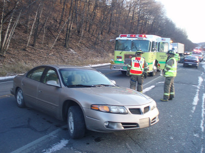 MAHANOY TOWNSHIP VEHICLE ACCIDENT 11-19-08 PICTURES BY COALREGIONFIRE