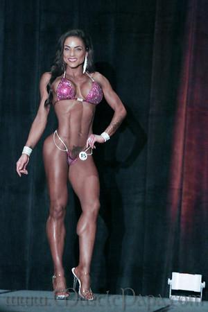 Aly Veneno IFBB Bikini Pro