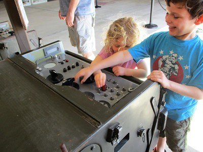 Kids had no problem pushing the button.... sorry Cuba.