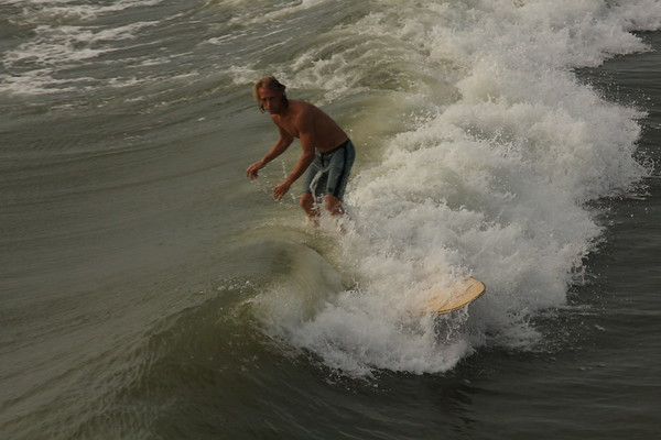 surfing Neverquit 2011