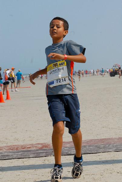 7214 Neverquit 2011