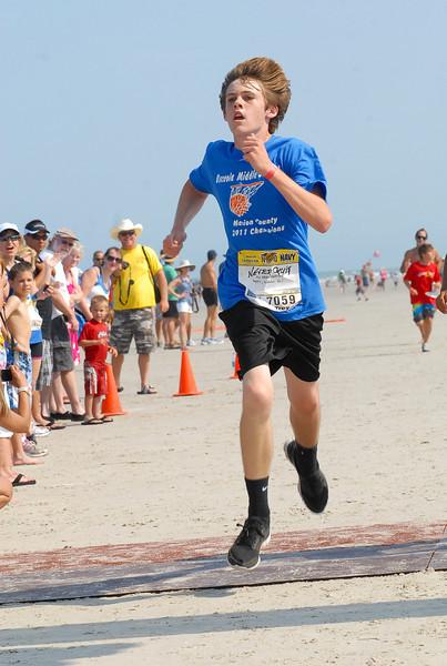 7059 Neverquit 2011