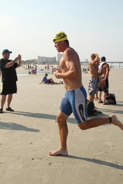 Neverquit 2011 Swim, Trident
