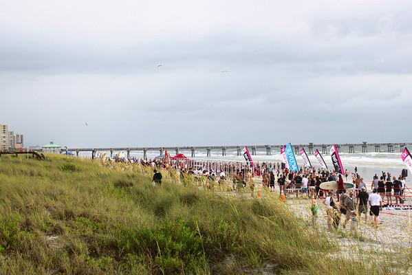 Never Quit Never 2012, beach