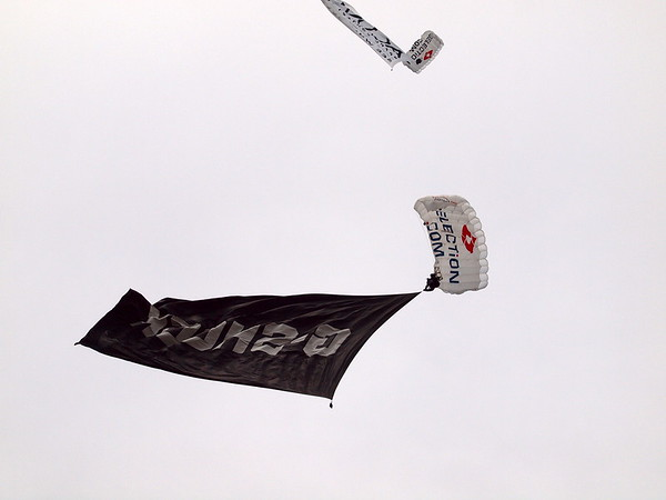 skydiver, flags