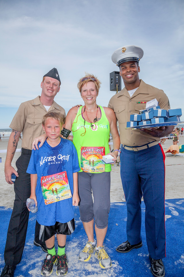 awards, pendant, marines, 4279, 4459, blue carpet