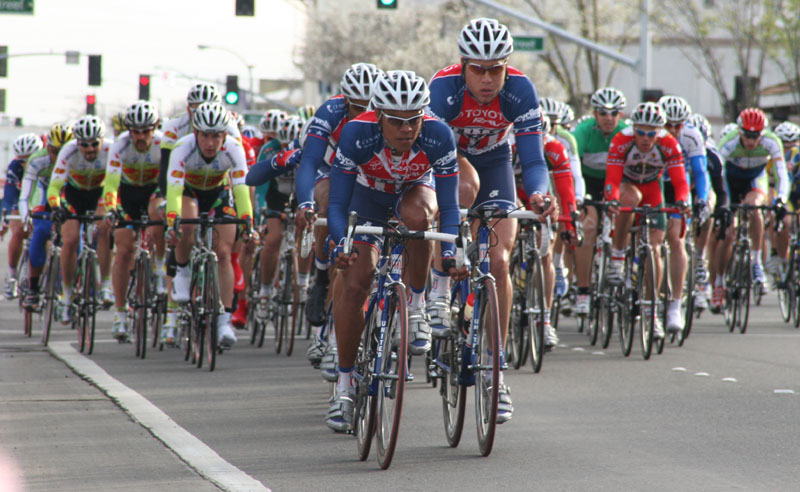 4730 Tony Cruz (Toyota-United Pro) leads the peloton