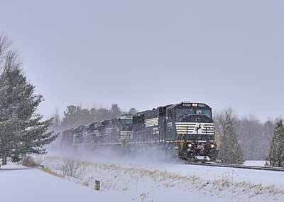 Canadian National #528, St-Valentin, Quebec, February 11 2017.