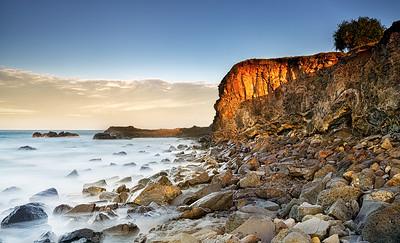 LH 04  Sunlit Seascape