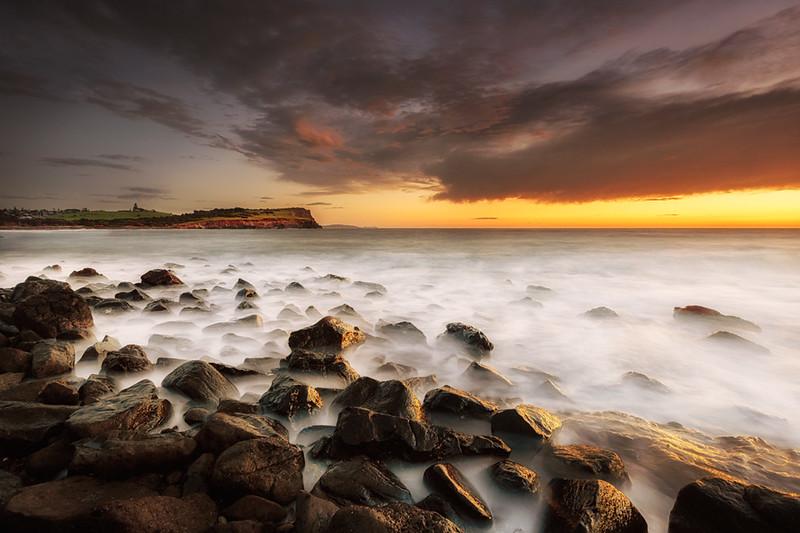 LH 05 Sunrise on the Rocks