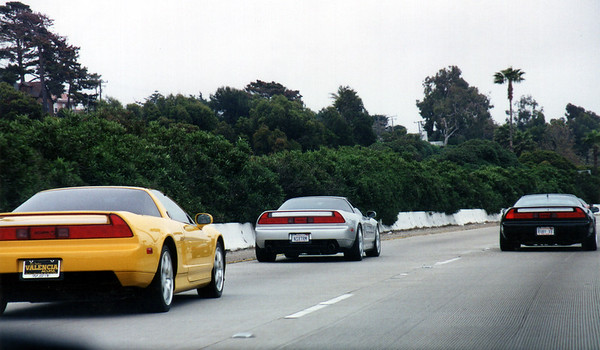 Once we hit the 101, speeds pick up dramatically, but the temperature in my topless NSX-T remains uncomfortably cold (I knew I should have left the roof on).  As the caravan moves south, Marc/SpeedDemon, Steve/NSX1, Steve/SSNSX, and Eric/6D go their separate ways, leaving only nine NSXs to brave the treacherous Malibu Canyon leg of our journey. (Photo by Valerie Iwasaki)