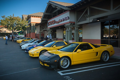 NSXers arrive at the secret meeting location...this time in La Cañada Flintridge