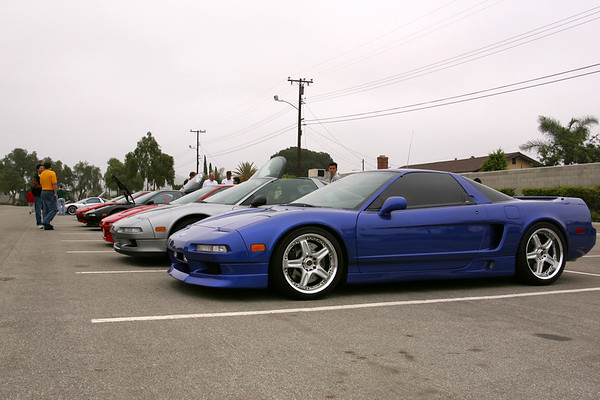 Tan's (Tantheman) blue NSX-T sports Wings West spoiler and skirts, custom rims...