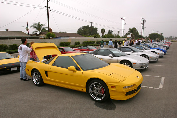 John (ANYTIME) and Mark (NSX-Ster) park their yellow NSX-Ts at the far end of the row.