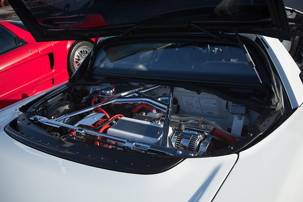 Keith (NSX2CE) shows off his super shiny engine