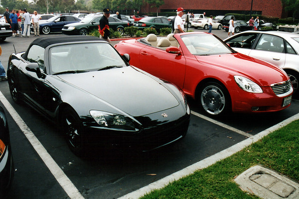 Speaking of roadsters, Lexus' recently introduced SC430 is even uglier in person.  Few car designs get under my skin more than recent models introduced by Toyota, most notably the current Celica and this pictured four-seat Lexus convertible.  Why can't every car look as good as the NSX and S2000?