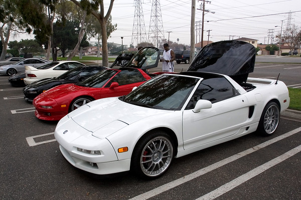 This rare white NSX belongs to Keith (NSX2CE)