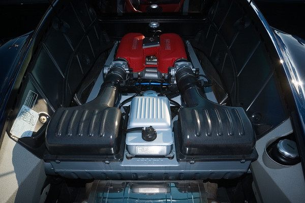 A closer look at the 3.6L V8
