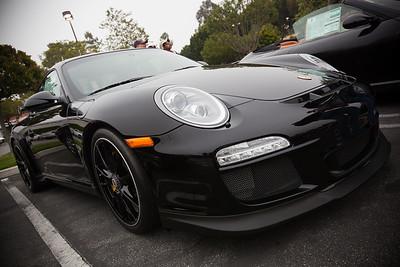 2011 Porsche 911 GT3 looks mean in black...