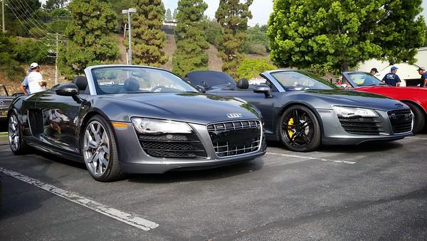 Pair of Audi R8 Spyders