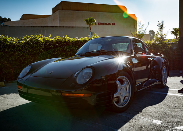 Mike (michaelbrat) was just talking about the Porsche 959 when one pulled into the lot
