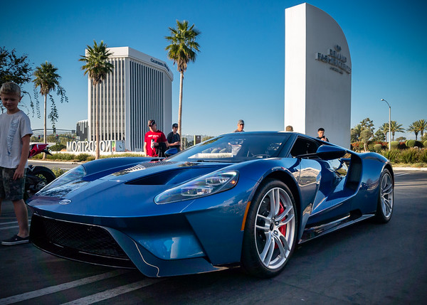 This is my first time seeing the new Ford GT in the wild