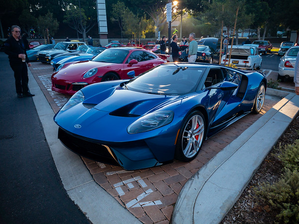 The new Ford GT that I first saw last month at Saturday Shift Cars & Coffee has made its way up the hill