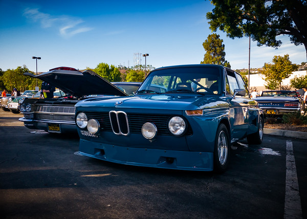 Custom widebody BMW 2002 (could this be the same car: https://www.youtube.com/watch?v=JDlUmKTUj2g)