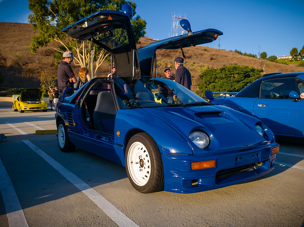A familiar Autozam AZ-1 is here this morning