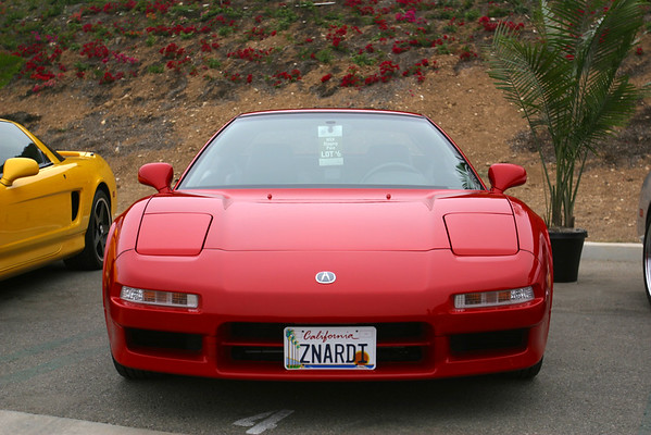 I wonder if this is a Zanardi Edition NSX...hmmmm...