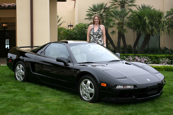 Liana (LoveSXY) poses with her '91 NSX