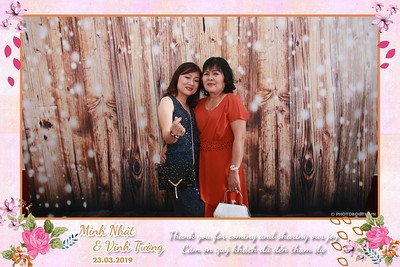 NT-instant-print-photobooth-in-Long-Xuyen-An-Giang-Chup-hinh-in-anh-lay-lien-Tiec-cuoi-tai-Long-Xuyen-An-Giang-WefieBox-Photobooth-Vietnam-001