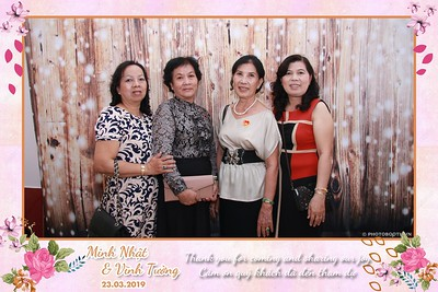 NT-instant-print-photobooth-in-Long-Xuyen-An-Giang-Chup-hinh-in-anh-lay-lien-Tiec-cuoi-tai-Long-Xuyen-An-Giang-WefieBox-Photobooth-Vietnam-008