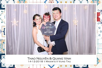 NguyenVinh-Wedding-Photo-Booth-in-Vung-Tau-Chup-anh-in-hinh-lay-lien-WefieBox-Photobooth-Vietnam-015