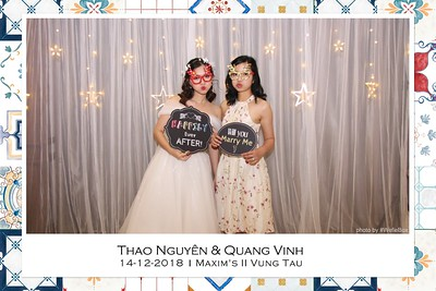 NguyenVinh-Wedding-Photo-Booth-in-Vung-Tau-Chup-anh-in-hinh-lay-lien-WefieBox-Photobooth-Vietnam-000