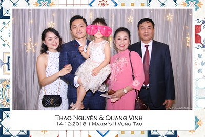 NguyenVinh-Wedding-Photo-Booth-in-Vung-Tau-Chup-anh-in-hinh-lay-lien-WefieBox-Photobooth-Vietnam-021