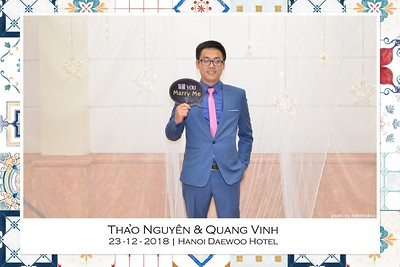 NguyenVinh-Wedding-intant-print-photo-booth-in-Ha-Noi-Chup-anh-in-hinh-lay-lien-WefieBox-Photobooth-Vietnam-021