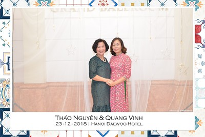 NguyenVinh-Wedding-intant-print-photo-booth-in-Ha-Noi-Chup-anh-in-hinh-lay-lien-WefieBox-Photobooth-Vietnam-010