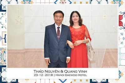 NguyenVinh-Wedding-intant-print-photo-booth-in-Ha-Noi-Chup-anh-in-hinh-lay-lien-WefieBox-Photobooth-Vietnam-023