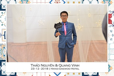 NguyenVinh-Wedding-intant-print-photo-booth-in-Ha-Noi-Chup-anh-in-hinh-lay-lien-WefieBox-Photobooth-Vietnam-017