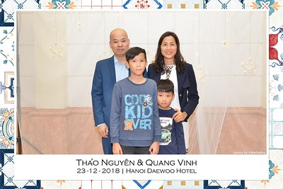 NguyenVinh-Wedding-intant-print-photo-booth-in-Ha-Noi-Chup-anh-in-hinh-lay-lien-WefieBox-Photobooth-Vietnam-018