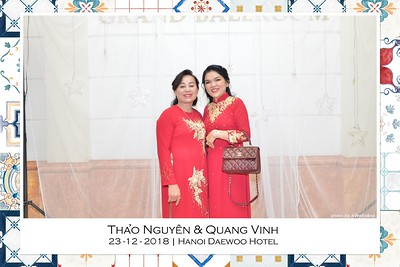 NguyenVinh-Wedding-intant-print-photo-booth-in-Ha-Noi-Chup-anh-in-hinh-lay-lien-WefieBox-Photobooth-Vietnam-003
