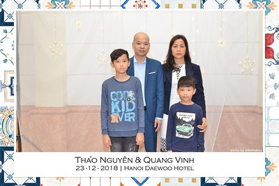 NguyenVinh-Wedding-intant-print-photo-booth-in-Ha-Noi-Chup-anh-in-hinh-lay-lien-WefieBox-Photobooth-Vietnam-019
