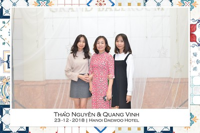NguyenVinh-Wedding-intant-print-photo-booth-in-Ha-Noi-Chup-anh-in-hinh-lay-lien-WefieBox-Photobooth-Vietnam-006