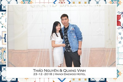 NguyenVinh-Wedding-intant-print-photo-booth-in-Ha-Noi-Chup-anh-in-hinh-lay-lien-WefieBox-Photobooth-Vietnam-007