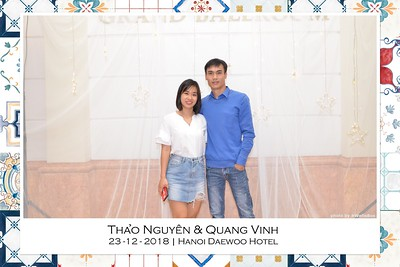 NguyenVinh-Wedding-intant-print-photo-booth-in-Ha-Noi-Chup-anh-in-hinh-lay-lien-WefieBox-Photobooth-Vietnam-005