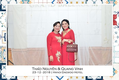 NguyenVinh-Wedding-intant-print-photo-booth-in-Ha-Noi-Chup-anh-in-hinh-lay-lien-WefieBox-Photobooth-Vietnam-002